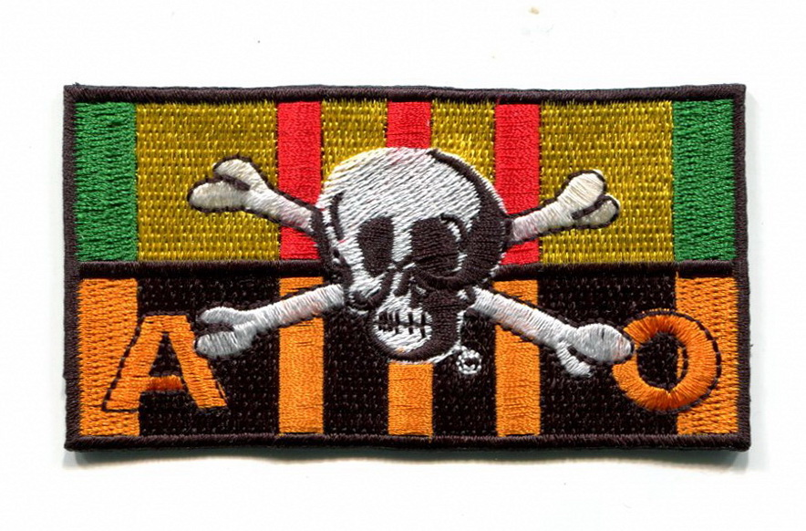 VIETNAM SERVICE RIBBON AND AGENT ORANGE RIBBON PATCHES